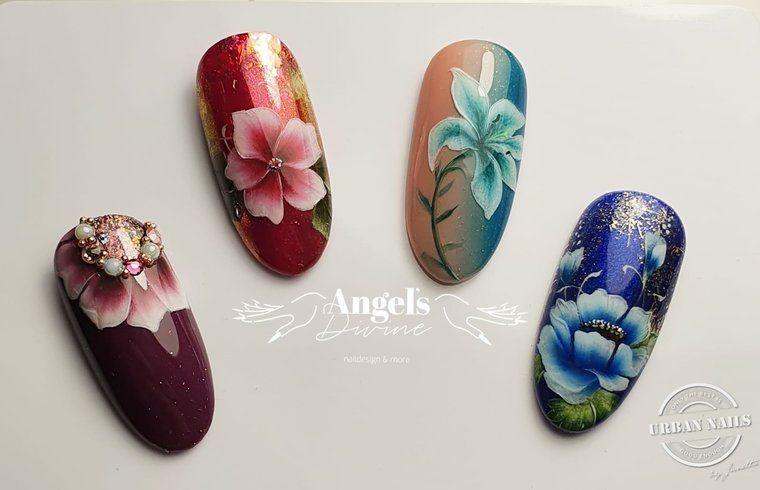 Beautyful Flowers door Angela Wilden